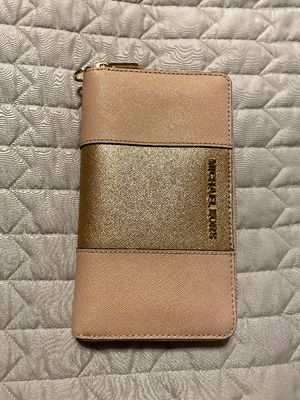 Michael Kors Wallet for Sale in Surprise, AZ