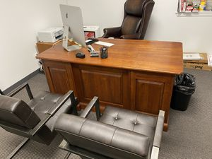 Computer desk with chairs for Sale in Lisle, IL