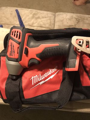 Milwaukee impact drill with bag for Sale in Wendell, NC