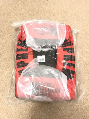 Supreme x The North Face Arc Logo Duffle Bag (Red) for Sale in Irvine, CA