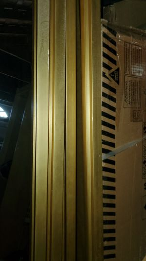 Closet doors mirror w/gold trim for Sale in Spring Valley, CA
