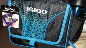 Igloo cooler bag+chug bottle brand new for Sale in Ontario, CA