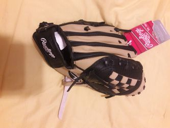 Brand New RAWLINGS Baseball Glove for Sale in Wake Forest,  NC