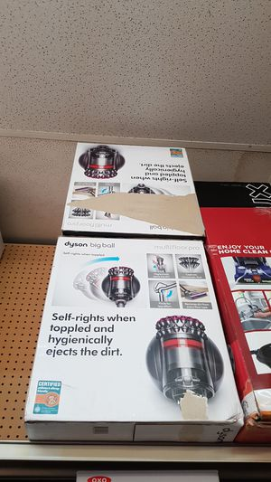Dyson big ball Multifloor pro for Sale in Grand Prairie, TX