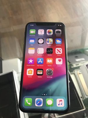 iPhone X 256gb factory unlocked warranty for Sale in Malden, MA