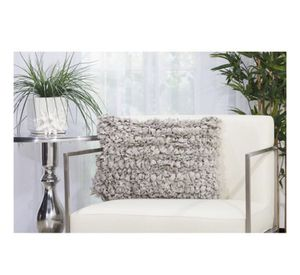 Target Mina Victory Gray Textured Throw Pillow Cushion for Sale in Alexandria, VA