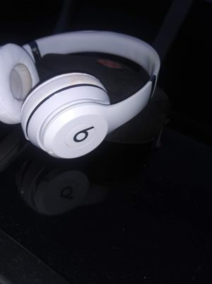 Beats solo bluetooth cordless for Sale in Fort Collins, CO