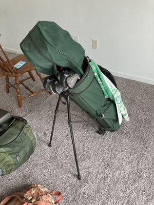 Full set of women's golf clubs for Sale in Fairfax, VA