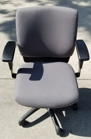 Office chair for Sale in Montclair, CA