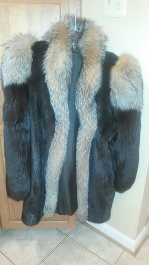 Gorgeous solid mink and fox coat for Sale in Silver Spring, MD