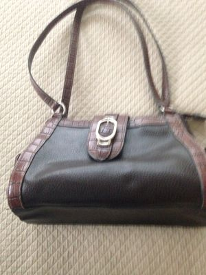Brown purse with tan accent trim for Sale in Washington, MD