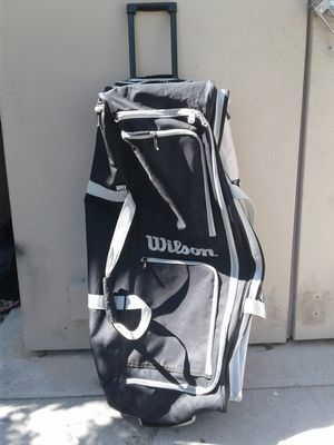 Wilson duffle bag for Sale in Las Vegas, NV