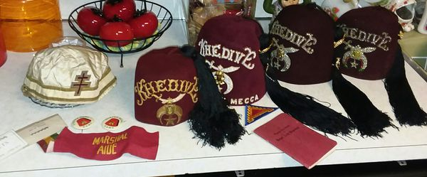 454b7b641 VINTAGE MASONIC SHRINER'S LOT - 4 FEZ HATS ~ MADE BY HARRY M. OSSERS CO.  for Sale in Portsmouth, VA - OfferUp