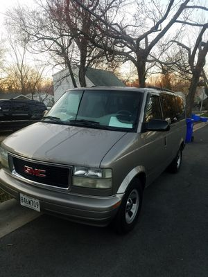 2001 GMC minivan for Sale in Silver Spring, MD