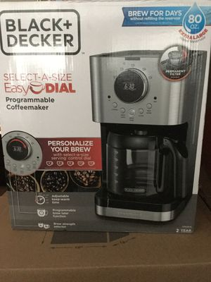 Brand New easy dial black and decker coffee maker in the box sealed pot black+decker for Sale in Lakewood, CA