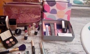Este Lauder makeup hodge podge and Birch Box for Sale in Nashville, TN