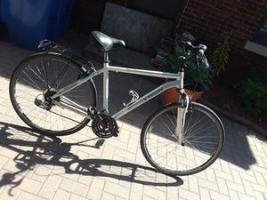 Trek Verve 3 Bicycle Hybrid Bike Road Mountain for Sale in Chicago, IL