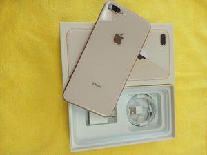 iPhone 8 PLUS UNLOCKED for Sale in Miami, FL