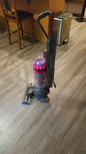 Dyson ball vacuum for Sale in Parkland, WA