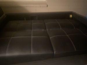 Couch futon for Sale in Phoenix, AZ