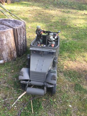 GI Joe M3 Armored Scout Car $350 (action figures sold separately ) for Sale in Toms River, NJ