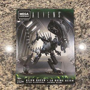 Mega Construx Aliens Alien Queen🪐✨👽 for Sale in Albuquerque, NM