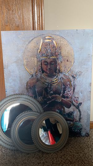 Canvas picture and mirrors for Sale in Wichita, KS