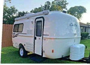 🔑Excellent 2016 Casita 17' Independence Deluxe great🔑🔑 for Sale in Fullerton, CA