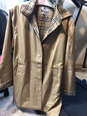 Burberry Coat for Sale in Portland, OR