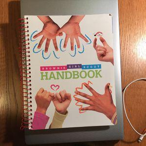 Brownie Girl Scout Handbook for Sale in Everett, WA