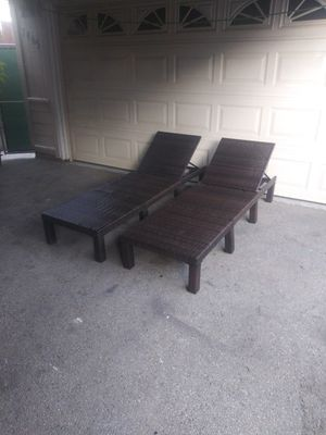 Outdoor patio chaise lounge chairs for Sale in Los Angeles, CA