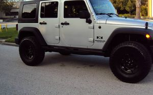 Asking$16OO Jeep Wrangler Unlimited 2OO7 CLEAN TITLE for Sale in New York, NY