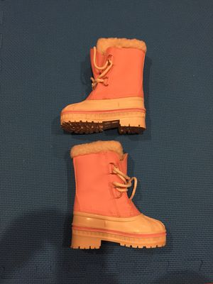 Girl toddler size 6 boots. Rubber outside. Fur inside for Sale in Buffalo Grove, IL