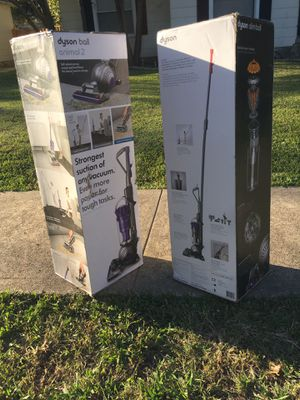 """SlimBALL & ANIMAL 2""""Dyson Vacuum for Sale in Garland, TX"""