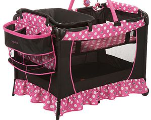 Minnie Mouse playpen for Sale in Fontana, CA