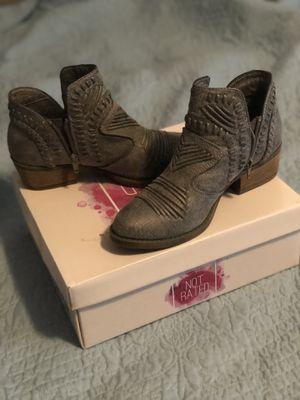 8.5 buckle boots for Sale in Abilene, TX