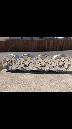 2015 Chevy Duramax Rims for Sale in Kennewick, WA