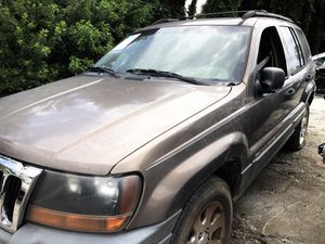 2001 grand jeep cherokee • for parts for Sale in Riverview, FL