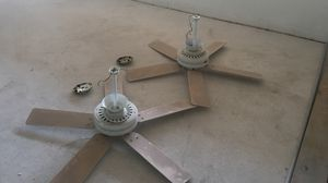 Two hunter ceiling fans. 52 inch. White in color. for Sale in Margate, FL