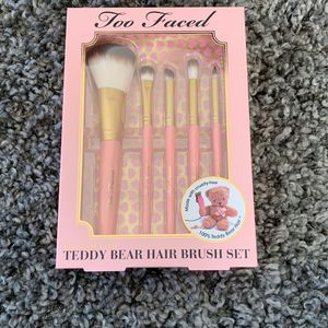 Too Faced Teddy Bear Hair Brush Set & Pouch 6 Pieces- Free Mascara for Sale in Los Angeles, CA
