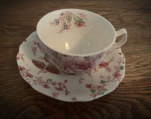 FINE CHINA Vintage Antique European Johnson Bros. England/English Porcelain Flower/Floral Cup & Saucer. Beautiful Rose Chintz Genuine Hans Engraving. for Sale in San Diego, CA