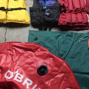 Life Vests ... Long Lounge Float ... O'Brien Ski Tube for Sale in Beaverton, OR