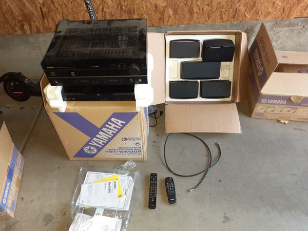 Yamaha stereo system CD DVD player and amplifier full set of surround sound side Center and woofer
