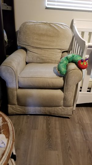 Free couch chair. Rockers and swivels. Off white. for Sale in Arroyo Grande, CA