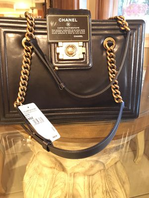 Chanel bag for Sale in Anaheim, CA