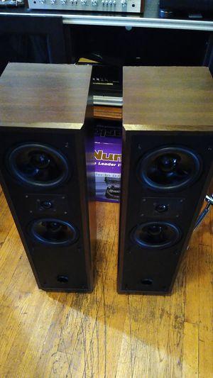 Vintage Polk Audio 8T floor monitor floor standing speakers fully working good condition!!Vintage Polk!! for Sale in Oakbrook Terrace, IL