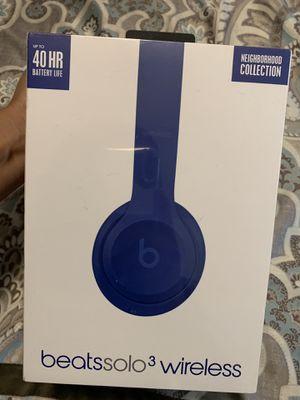 Beatssolo3 wireless headphones for Sale in Los Angeles, CA