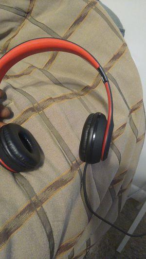 Beats Solo3, Like new no wear an tear for Sale in Denver, CO