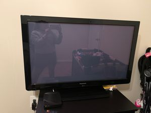 Panasonic 40 inch tv for Sale in Lanham, MD