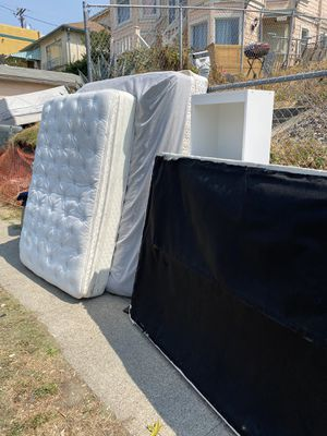 Free Items Bookshelves, Mattress Queen and Full for Sale in Oakland, CA